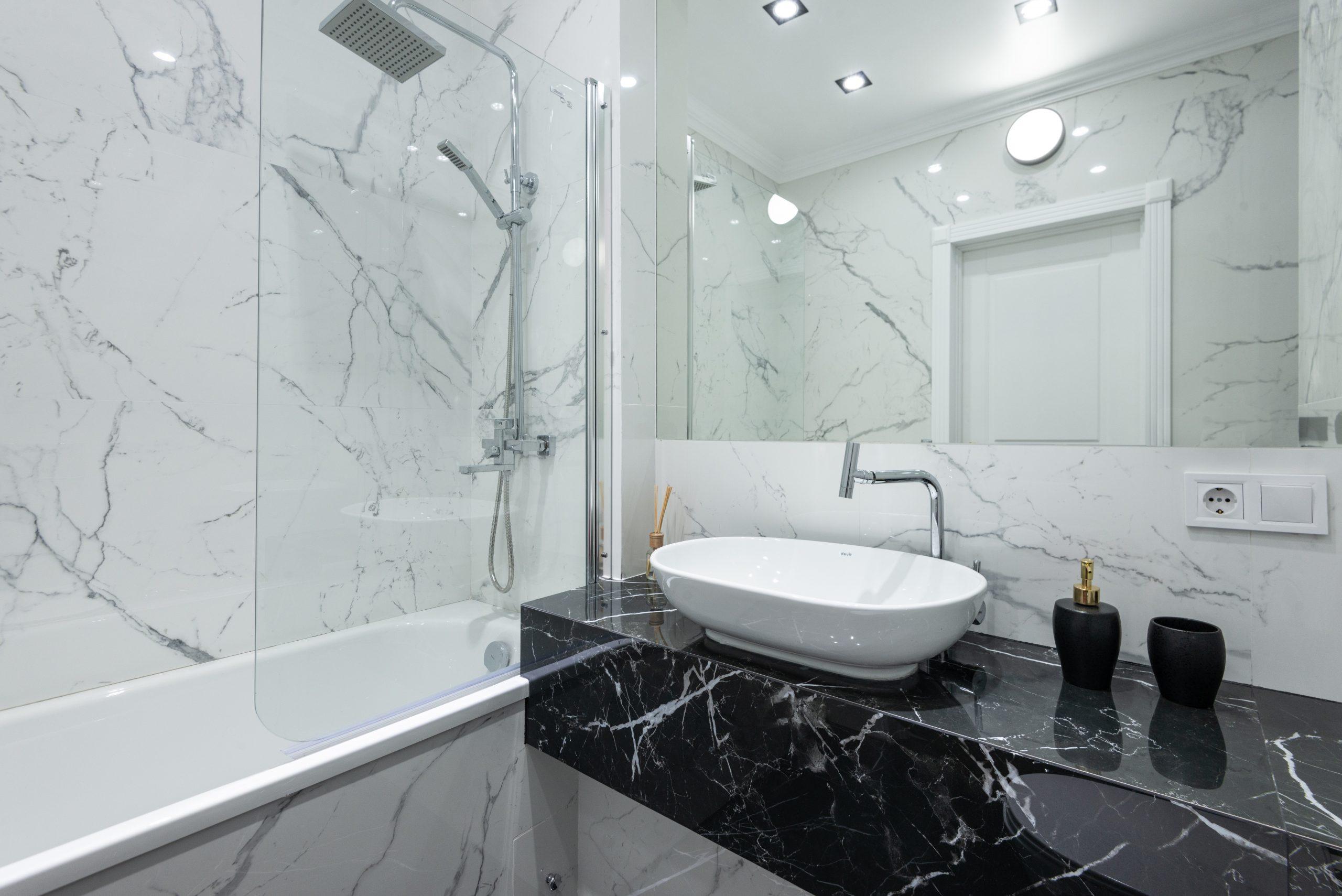 Jak założyć uszczelki do kabiny prysznicowej?